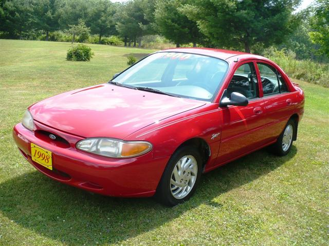 1998 ford escort sport trunk